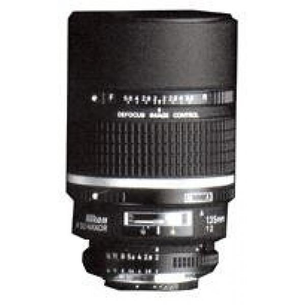 Nikon 135/2,0 DC D-31