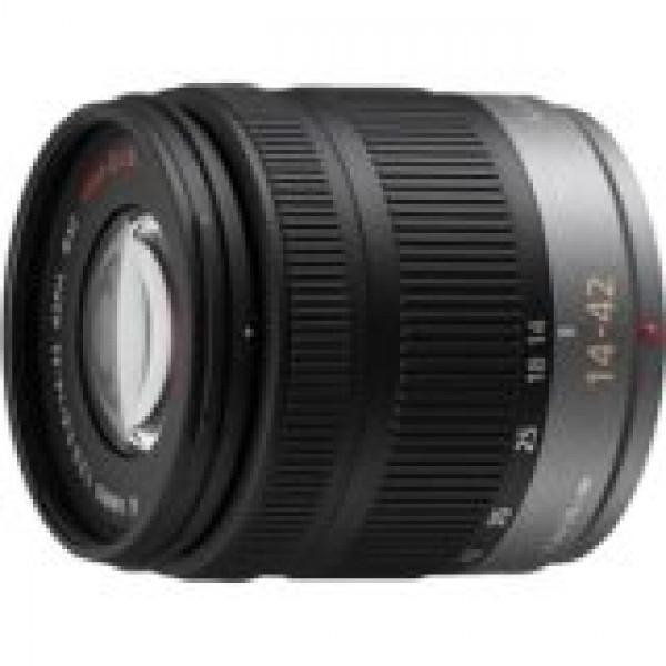 Verbraucher H-FS014042 Panasonic LUMIX G VARIO 14-42 mm Objektiv-31