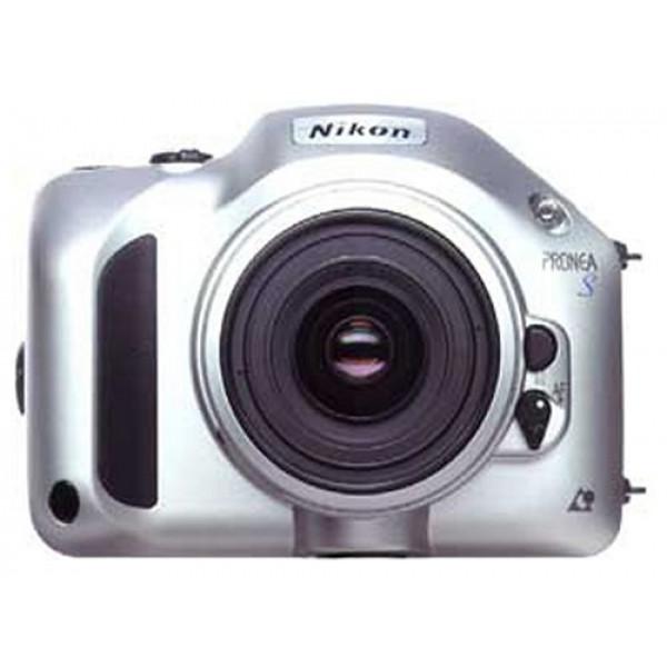Nikon Pronea S APS-Spiegelreflexkamera mit Nikkor-Objektiven IX 30-60 mm/4,0-5,6 + IX 60-180 mm/5-5,6-31