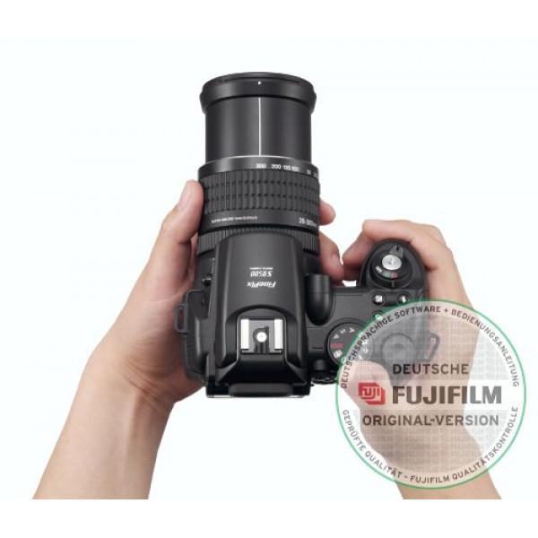 FujiFilm FinePix S9500 Digitalkamera (9 Megapixel, 10fach Zoom)-31