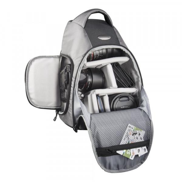 Mantona Miami DSLR-Kamerarucksack (Schnellzugriff für DSLR mit angesetztem Objektiv, Platz für mehrere Objektive oder Zubehör, Sling-Tragesystem)-35