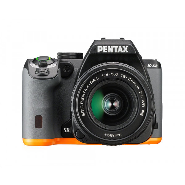 Pentax K-S2 Spiegelreflexkamera (20 Megapixel, 7,6 cm (3 Zoll) LCD-Display, Full-HD-Video, Wi-Fi, GPS, NFC, HDMI, USB 2.0) Double-Zoom-Kit inkl. 18-50mm und 50-200mm WR-Objektiv schwarz/orange-312