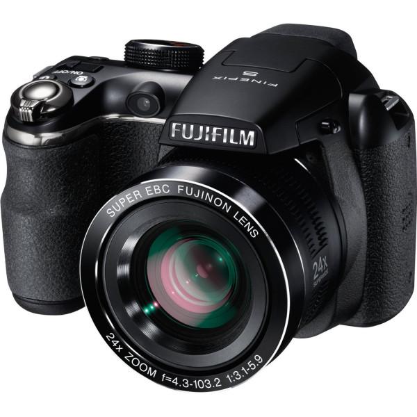 Fujifilm FinePix S4200 schwarz-311