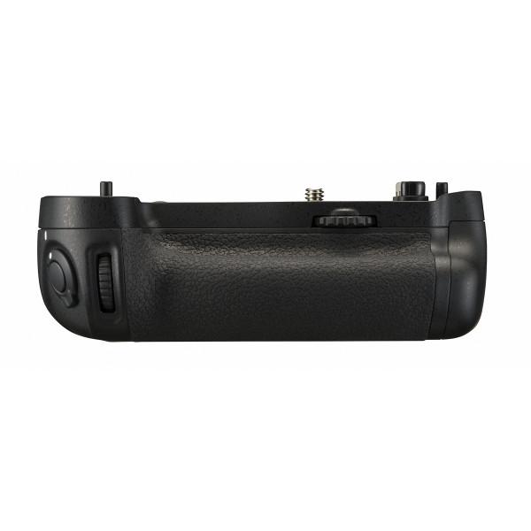 Nikon MB-D16 Multifunktions-Handgriff für D750-38