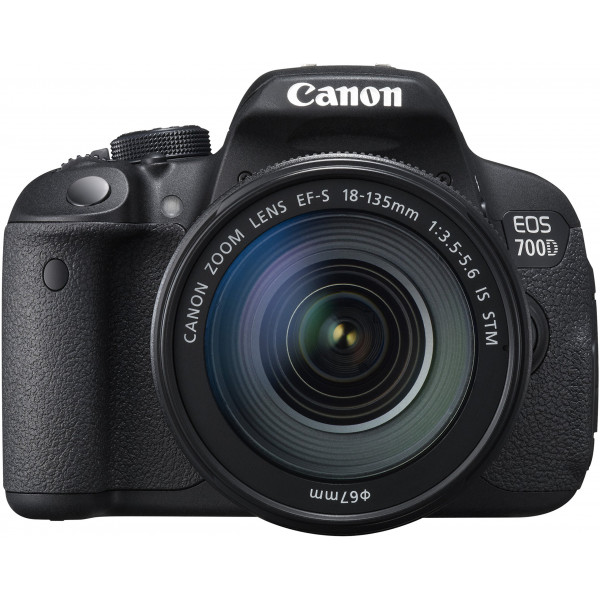 Canon EOS 700D SLR-Digitalkamera (18 Megapixel, 7,6 cm (3 Zoll) Touchscreen, Full HD, Live-View) Kit inkl. EF-S 18-135mm 1:3,5-5,6 IS STM-36