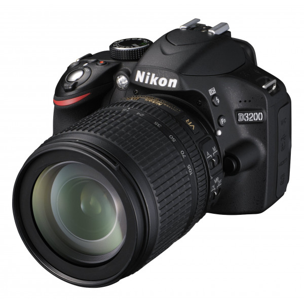 Nikon D3200 SLR-Digitalkamera (24 Megapixel, 7,4 cm (2,9 Zoll) Display, Live View, Full-HD) Kit inkl. AF-S DX 18-105 VR Objektiv schwarz-36