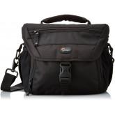Lowepro Nova 180 AW Kameratasche (für SLR mit angesetztem Objektiv und bis zu 2 zusätzlichen Objektiven) schwarz