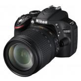 Nikon D3200 SLR-Digitalkamera (24 Megapixel, 7,4 cm (2,9 Zoll) Display, Live View, Full-HD) Kit inkl. AF-S DX 18-105 VR Objektiv schwarz