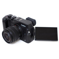 Panasonic DMC-GX8 schwarz, 12-35 F: 2,8 35-100 F: 2,8-21