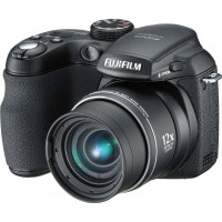 FujiFilm FinePix S1000fd Digitalkamera (10 Megapixel, 12-fach opt. Zoom, 6,9 cm (2,7 Zoll) Display) schwarz-22