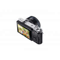 Samsung NX3000 Smart Systemkamera (20,3 Megapixel, 7,5 cm (3 Zoll) Display, Full HD Video, WIFi, NFC, Adobe Photoshop Lightroom 5, inkl. 16-50 mm OIS i-Function Power-Zoom-Objektiv) schwarz-22