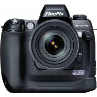 FujiFilm FinePix S3 Pro SLR-Digitalkamera (12 Megapixel eff.)-22